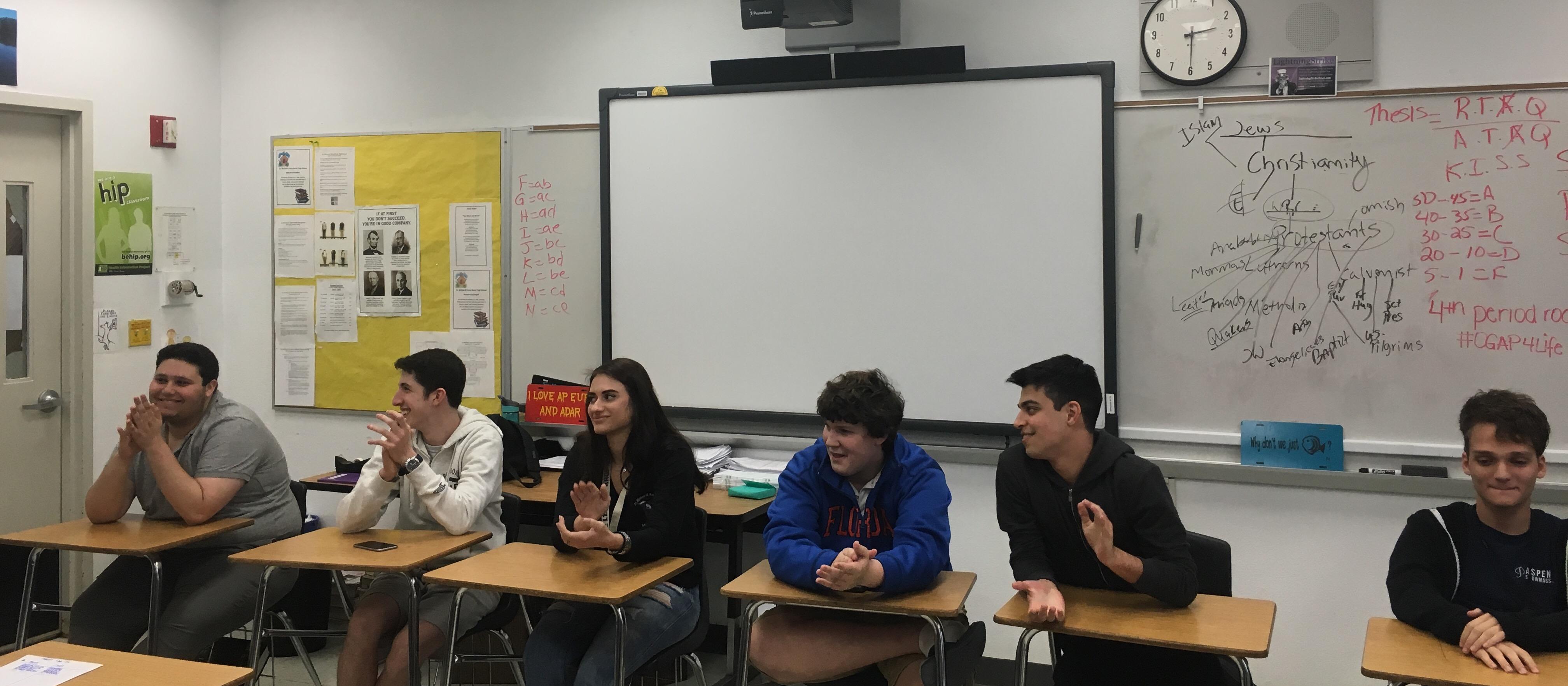 SSHS students run mock presidential debate
