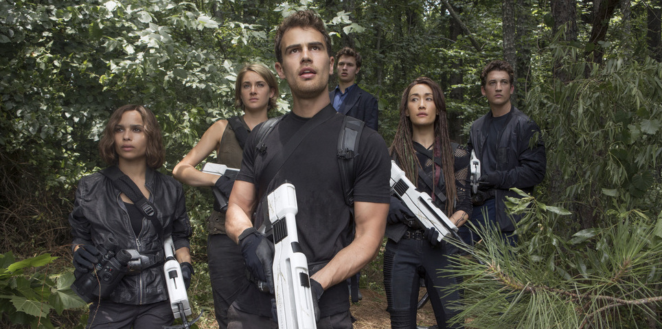 Enter to win a prize pack for THE DIVERGENT SERIES: ALLEGIANT!