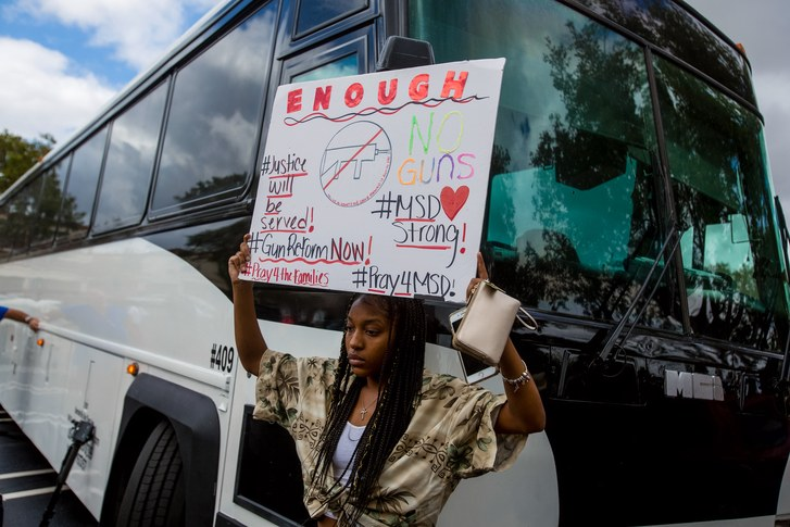 One+hundred+students+from+Stoneman+Douglas+get+on+buses+to+Florida%27s+capitol+to+speak+to+legislators+about+guns+control