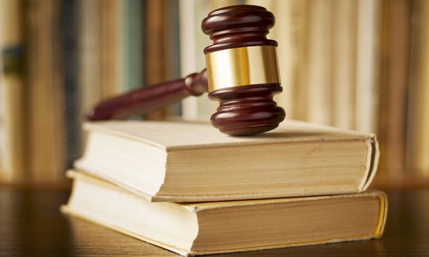 law-gavel.jpg (620×372)